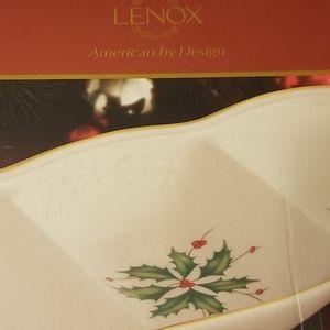 NIB Lenox Holday tray